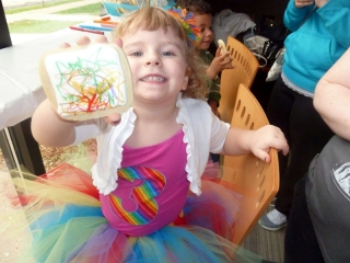 Color A Cookie Averie Displaying