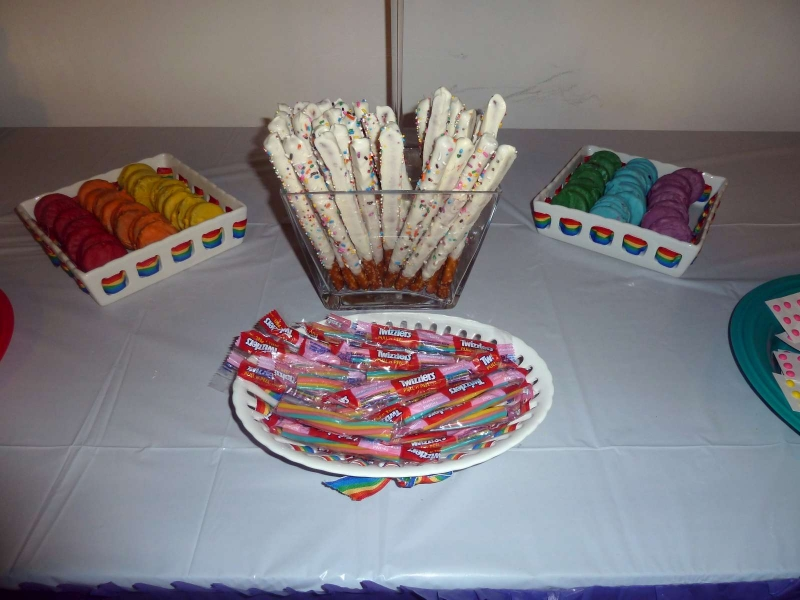 Rainbow Party Treats - Oreos, Pretzels and Twizzlers